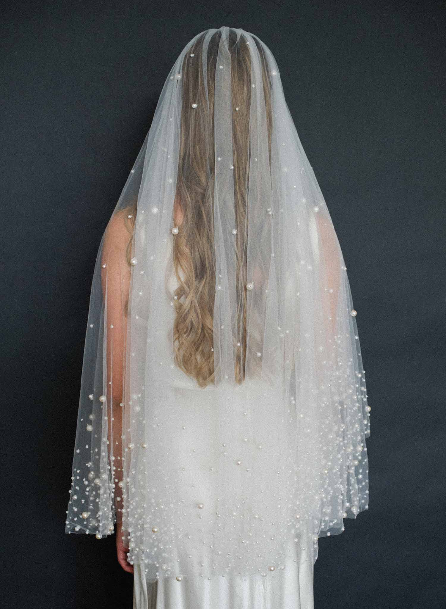 Pearl droplets fantasy veil - Style #2000