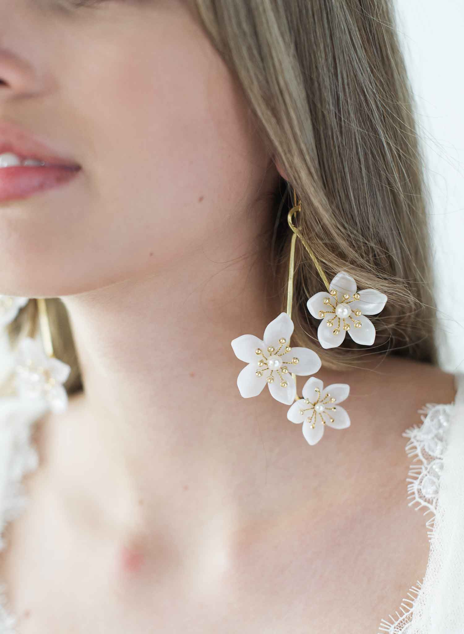 Pearlescent blossom earrings, asymmetric - Style #2012