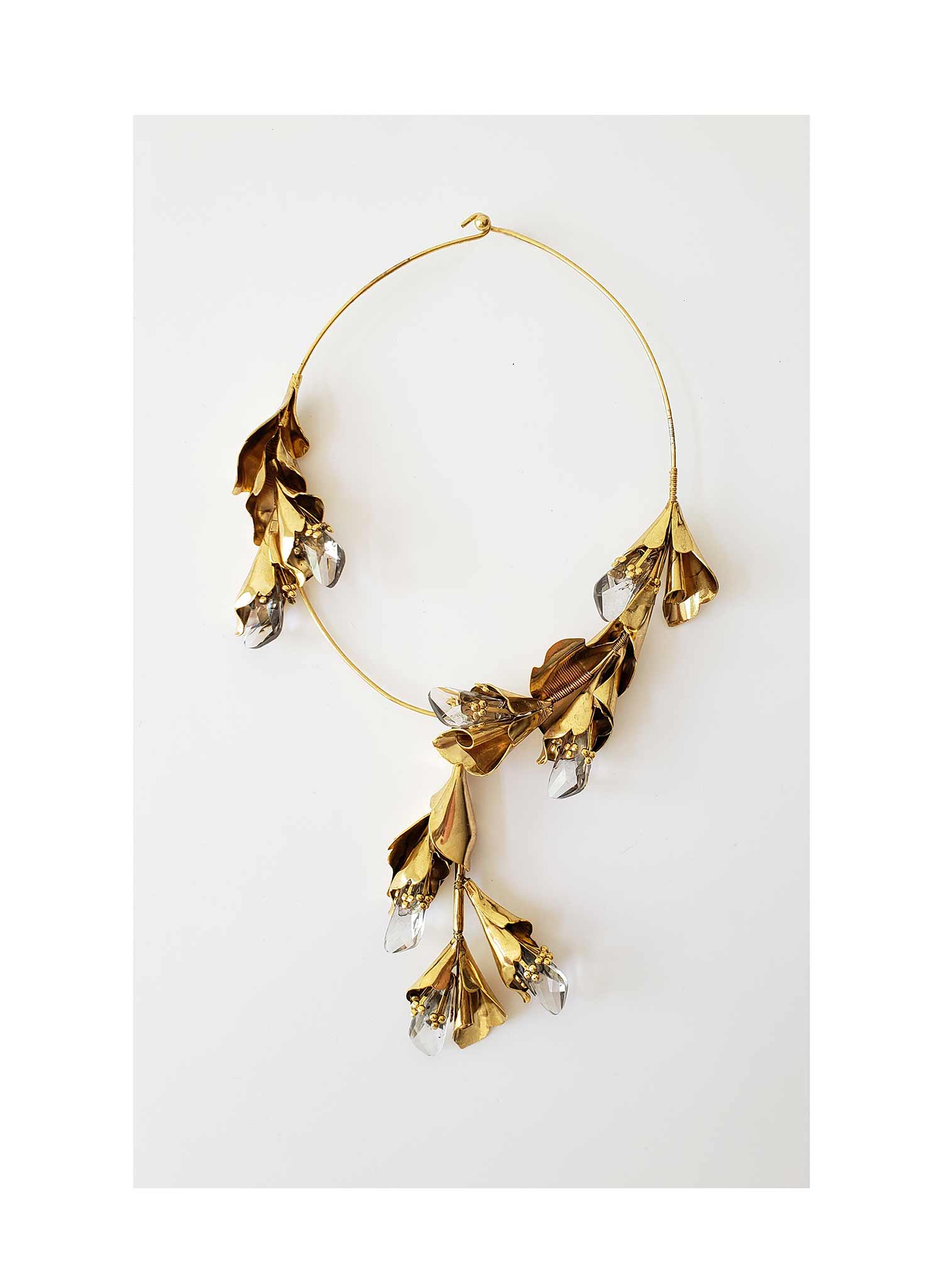 Modern florals and crystals necklace - Style #2015