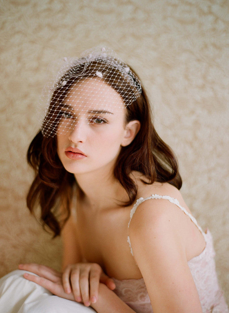 Mini birdcage veil with dots (or plain) - Style # 217