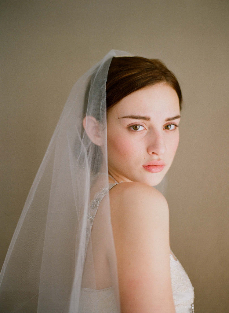 Simple and sheer single layer long veil - Style # 221