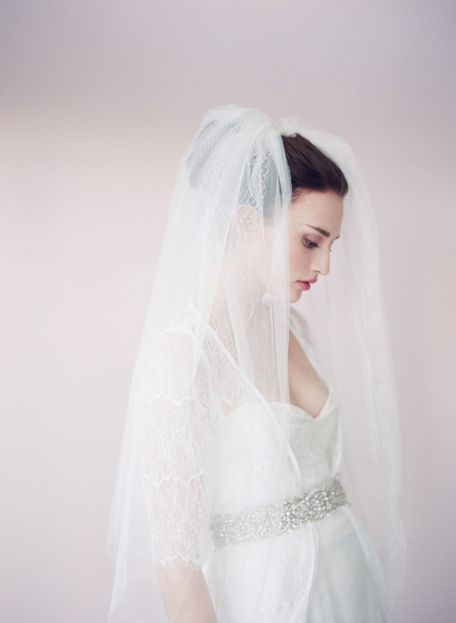 Tulle and russian elbow veil - Style # 426