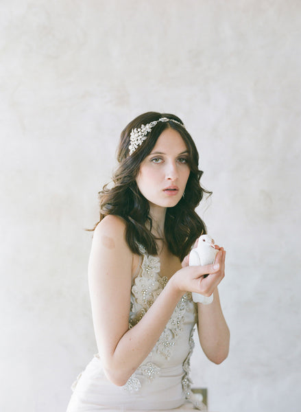 Rhinestone Encrusted Leaf And Pearl Bead Headband Twigs