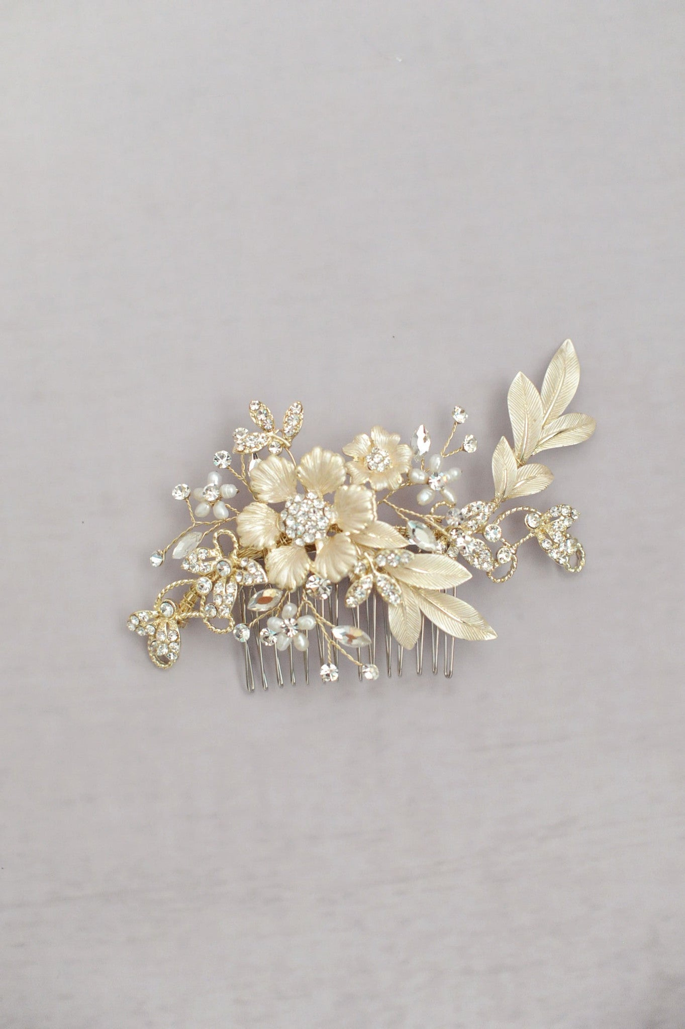 Frosted flower charm comb - Style #528