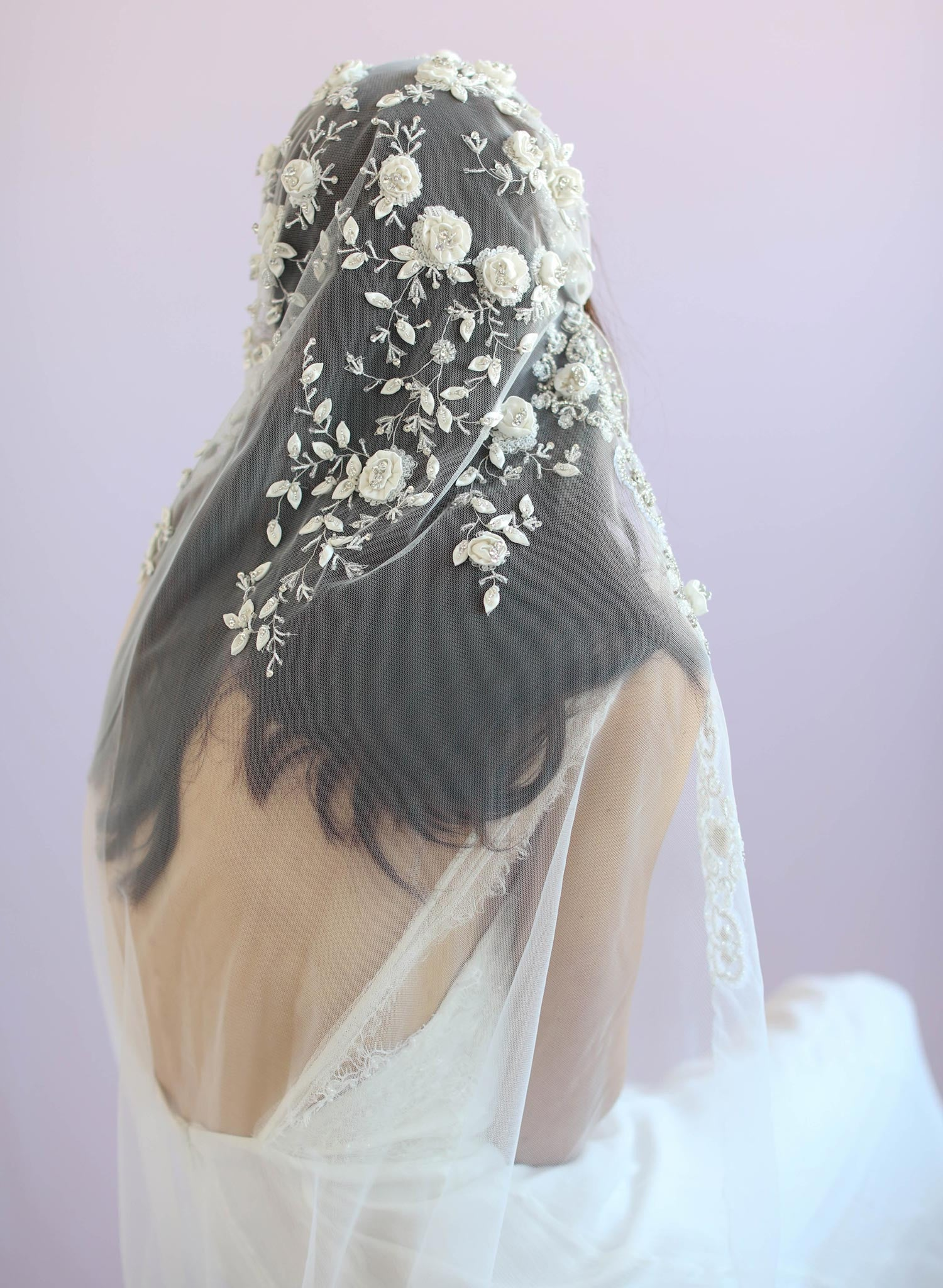 juliet veil with embellishments, twigs and honey