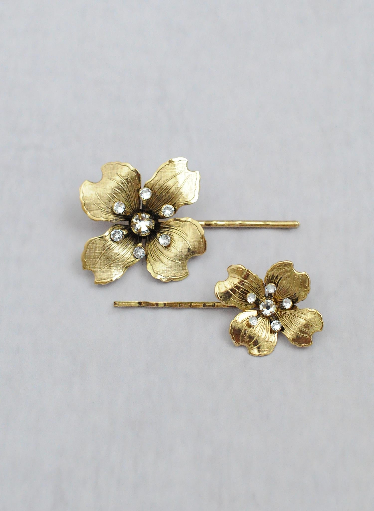 Dogwood flower hair pin set of 2 - Style #659