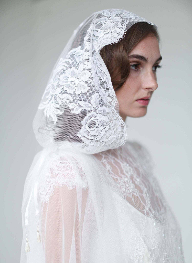mantilla lace trimmed veil, mantilla veil, vintage inspired, bridal veil, wedding veil, lux tulle, bridal accessories, twigs and honey