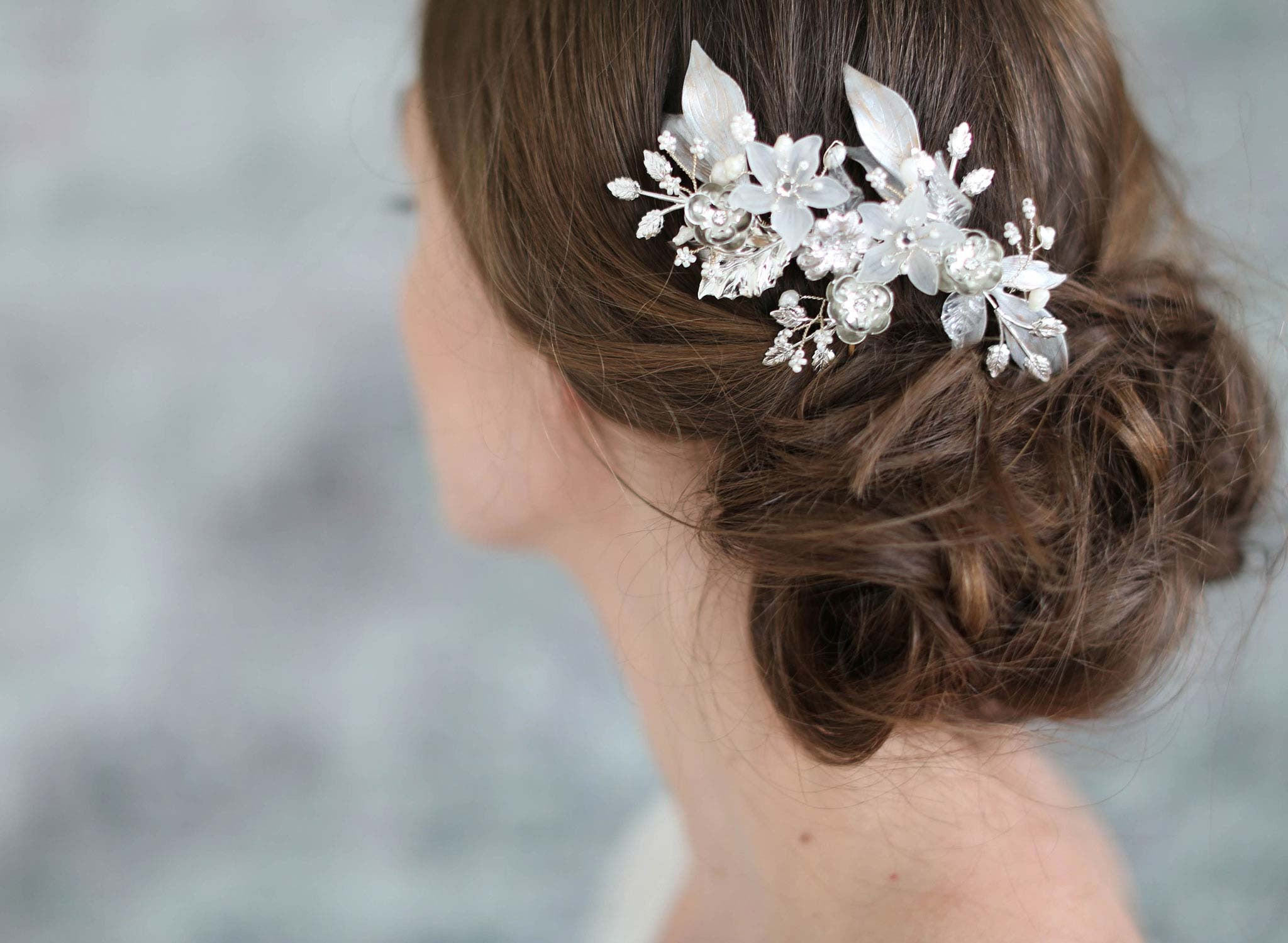 Frosted floral jewels comb - Style #724