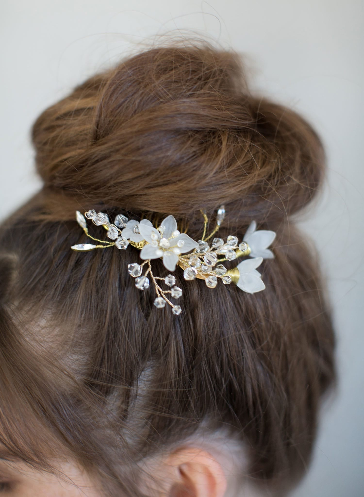 Dainty mystic floral hair comb - Style #767