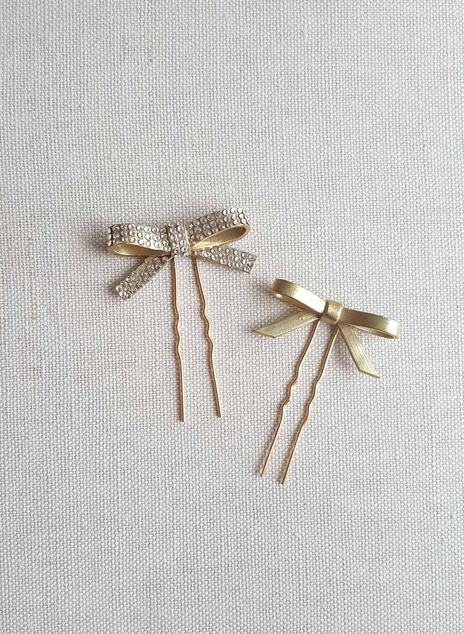 Cast dainty bow hairpin set of 2 - Style #837