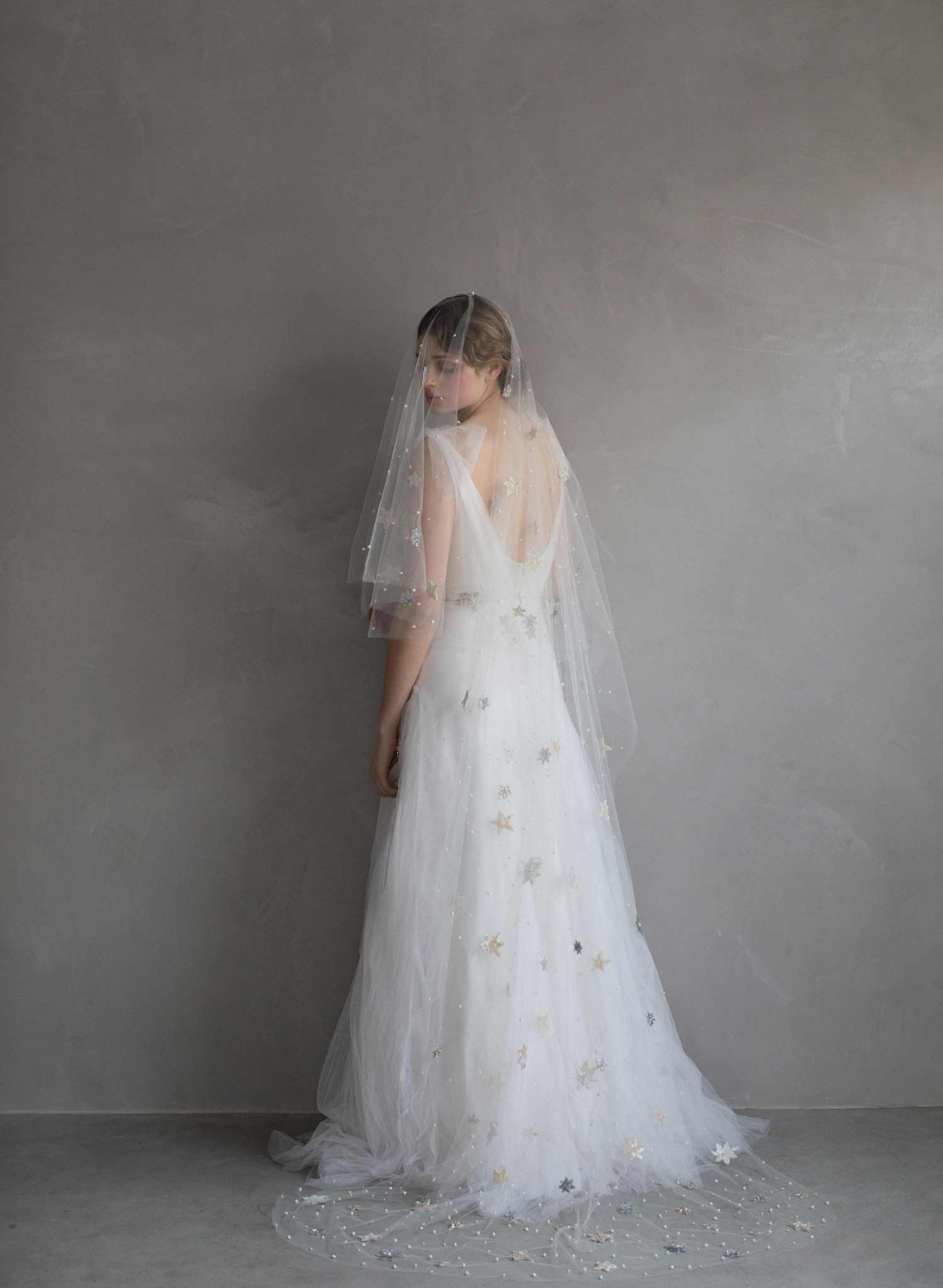 Starry nights chapel veil - Style #863