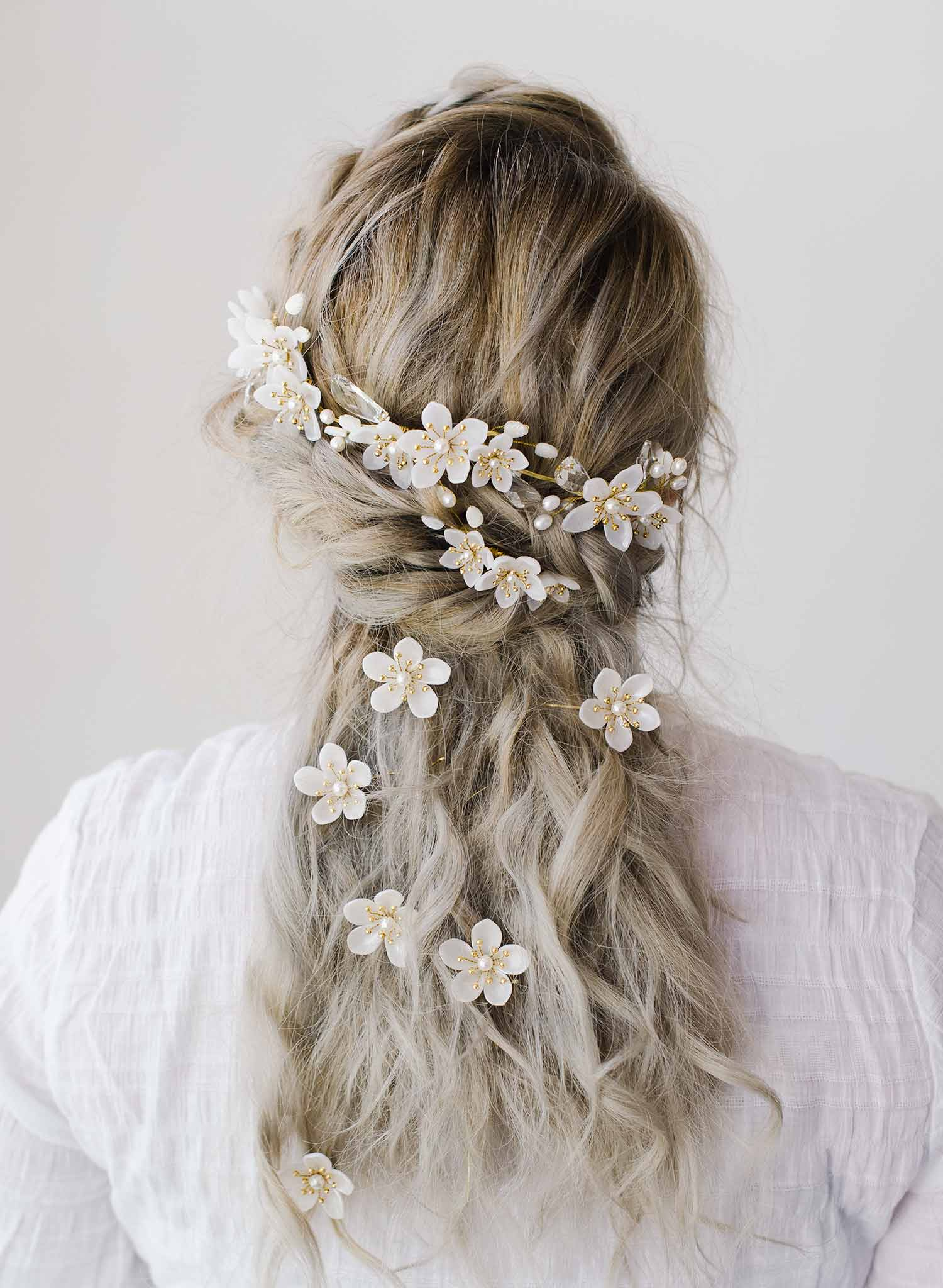 Pearlescent flowers bridal hair pin set of 3 - Style #2077