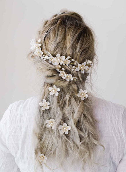 Pearlescent flowers bridal hair pin set of 3