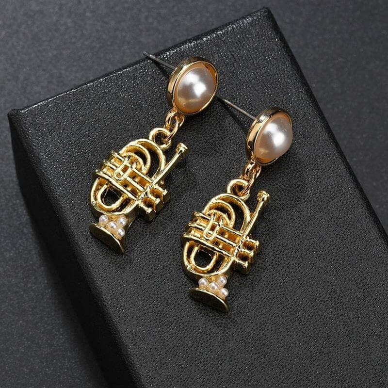 Cornet earrings