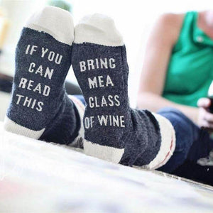 If You Can Read This Bring Me A Glass Of Wine Socks - Dark Gray