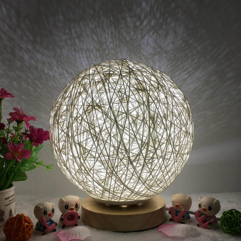 Yarn Ball Lamp