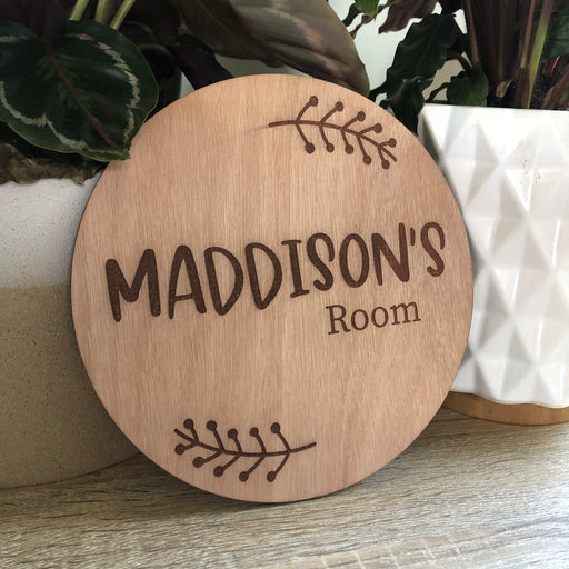 Round name plaque - CUSTOM - Younique Collective