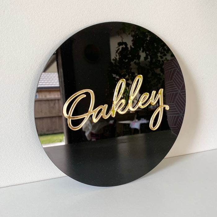 Round name plaque in acrylic 600mm