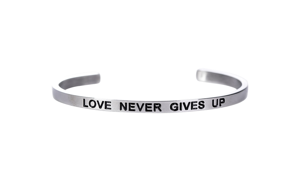 LOVE NEVER GIVES UP - Embrace Faithlet