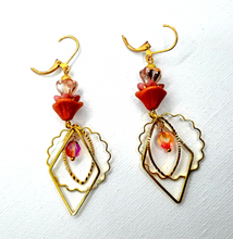 Load image into Gallery viewer, Orange/pink Czech flower gold Earrings