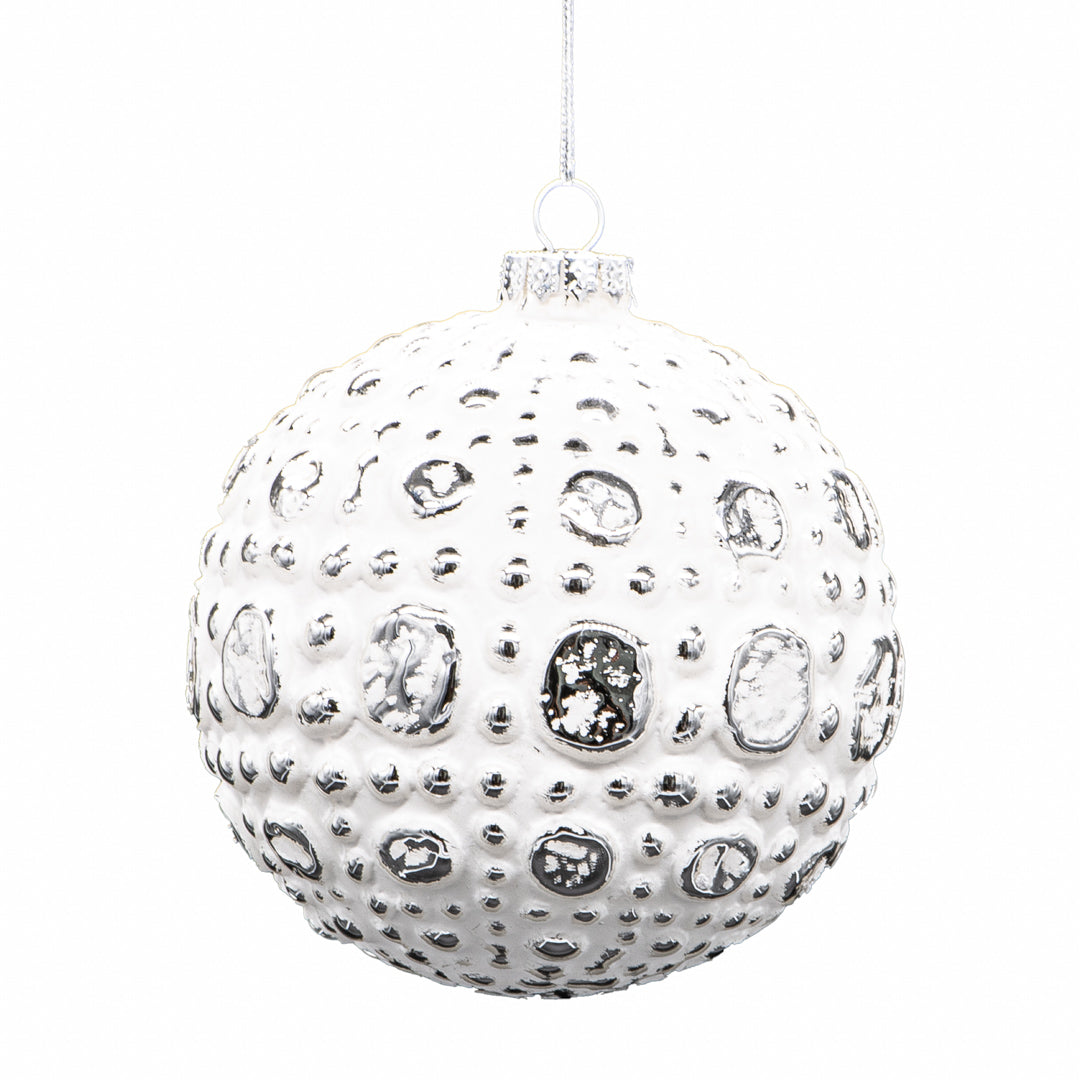 Set of 6 White Baubles  - Style 1