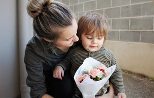mothers day flowers delivered blue mountains florist botanical art lawson wentworth falls springwood hazelbrook katoomba blaxland