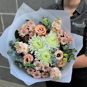 Blue Mountains Florist flower delivery pastel bouquet