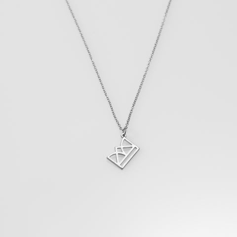 New Era necklace silver