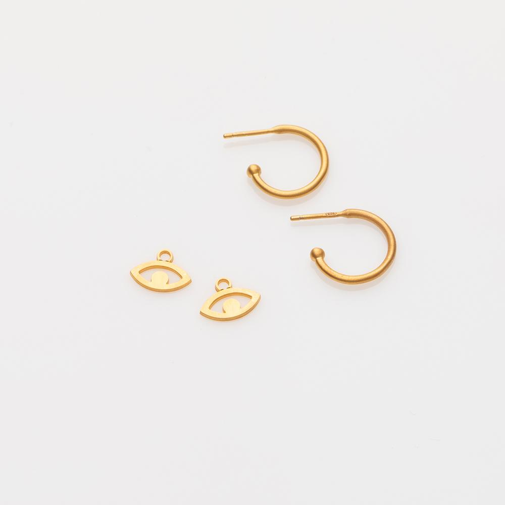 Toy aye earring charm gold