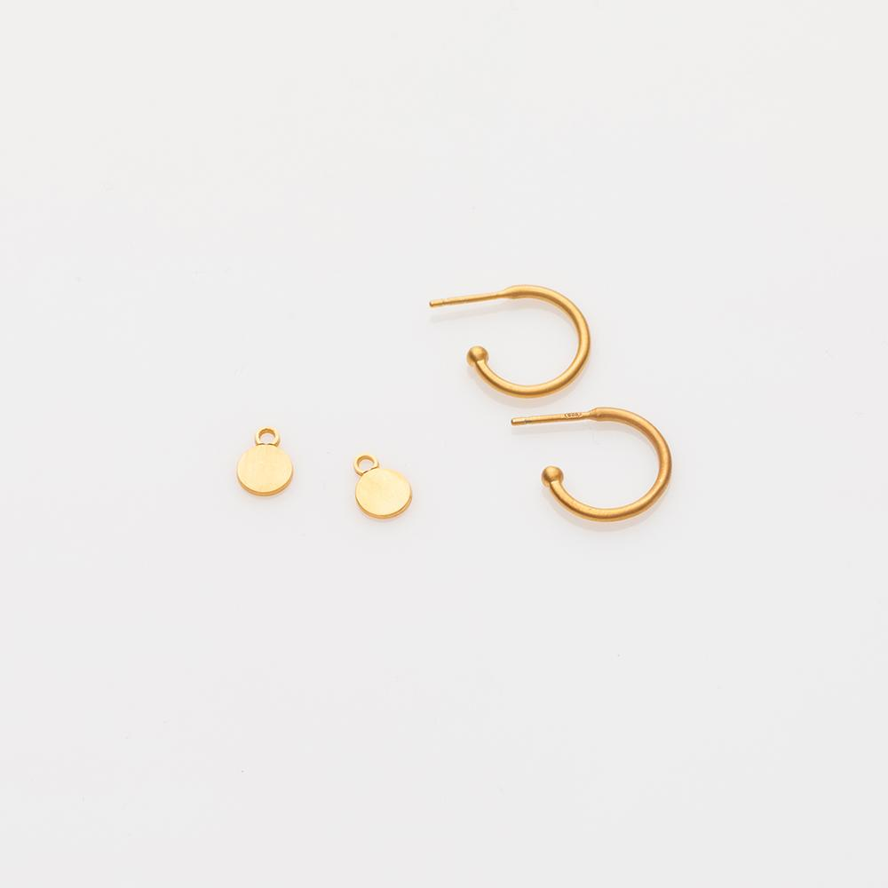 Toy circle earring charm gold