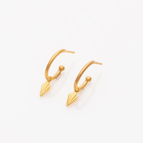 Crescendo hoop earrings gold
