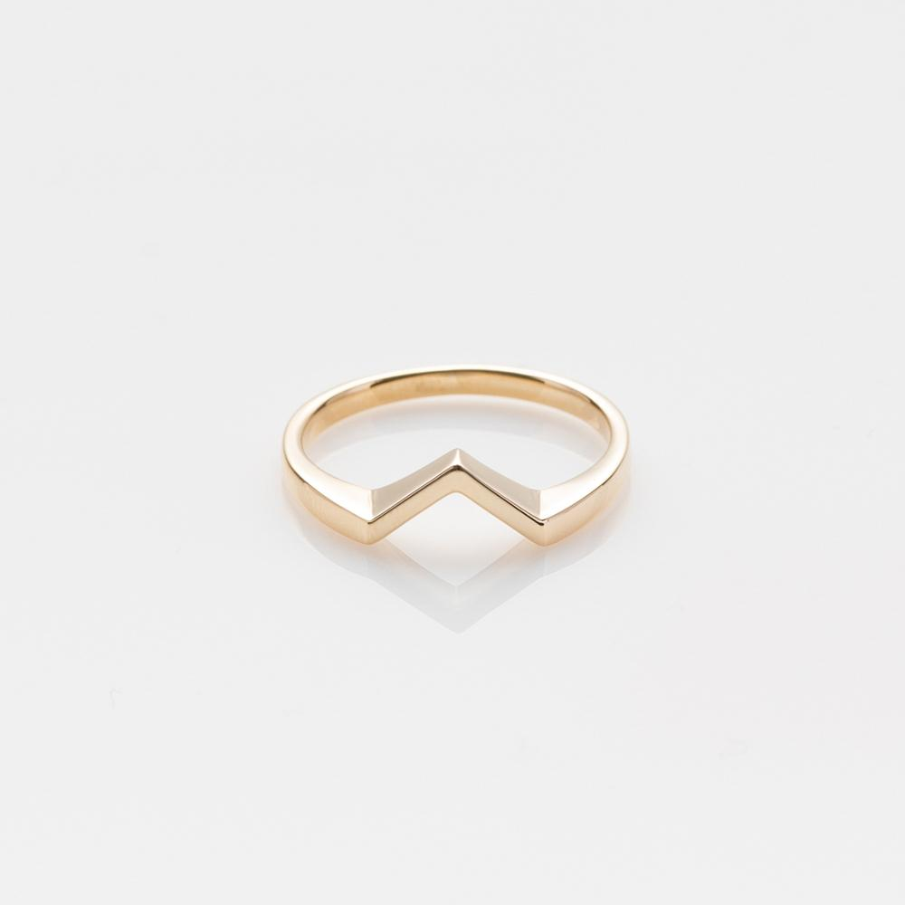 Miss ring yellow gold