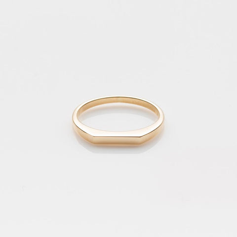 Pyr ring yellow gold