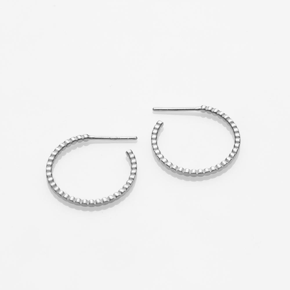 Blob earrings silver