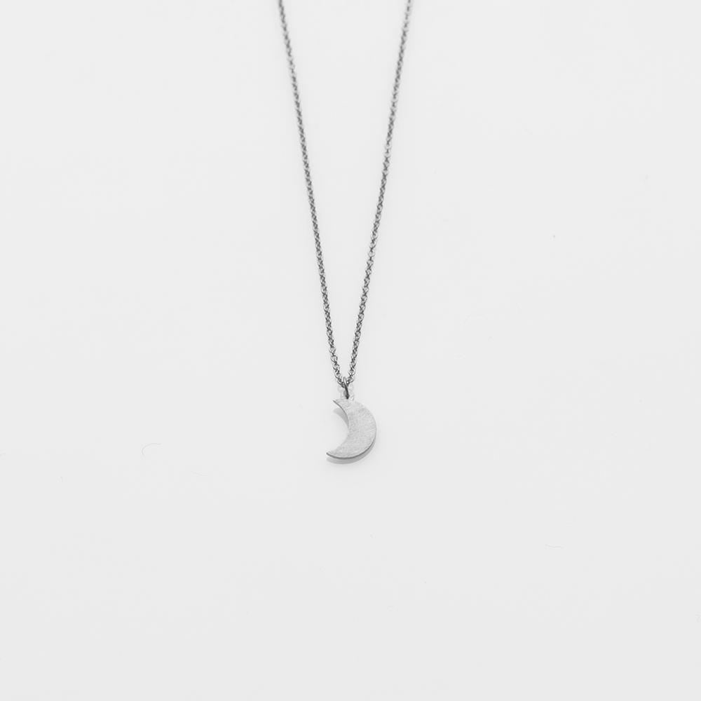 Toy crescent moon necklace silver