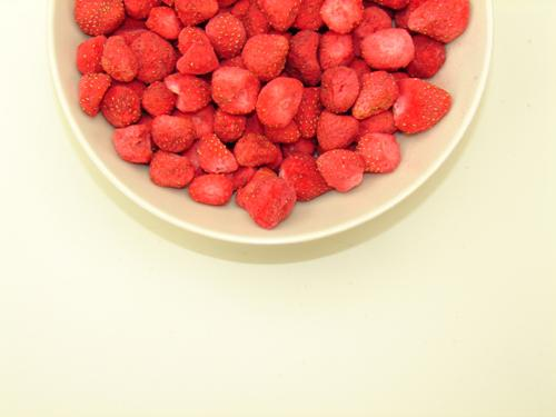 Freeze Dried Whole Strawberries Bowl