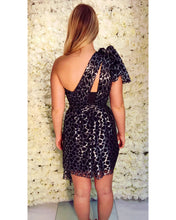 Load image into Gallery viewer, SAMPLE- Tilly One-Shoulder Dress