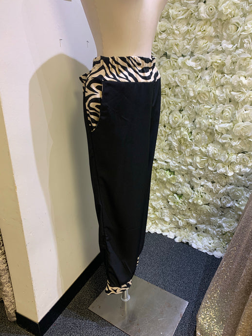 Love Zebra - Black Bottoms