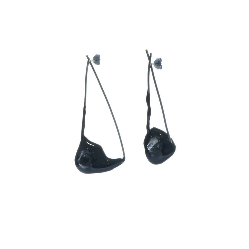 long hanging earrings in oxidised silver, Quartz, resin, one of a kind, by Izabella Petrut, in Vienna