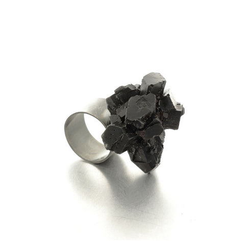 Wide black resin ring