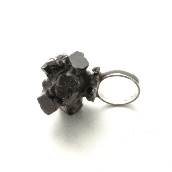 Vienna Austria jewelry shops, statement black resin and silver rings, one of a kind, by Izabella Petrut
