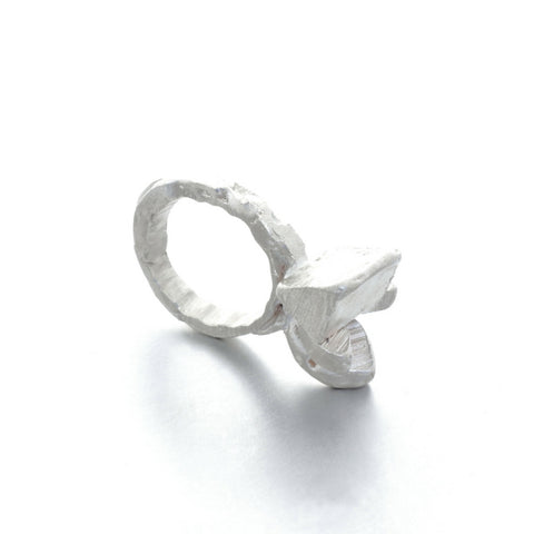 Irregular geometric silver ring by Izabella Petrut