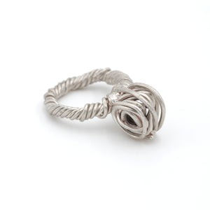 sculptural big silver ring, contemporary jewellery design made in Vienna, by Izabella Petrut