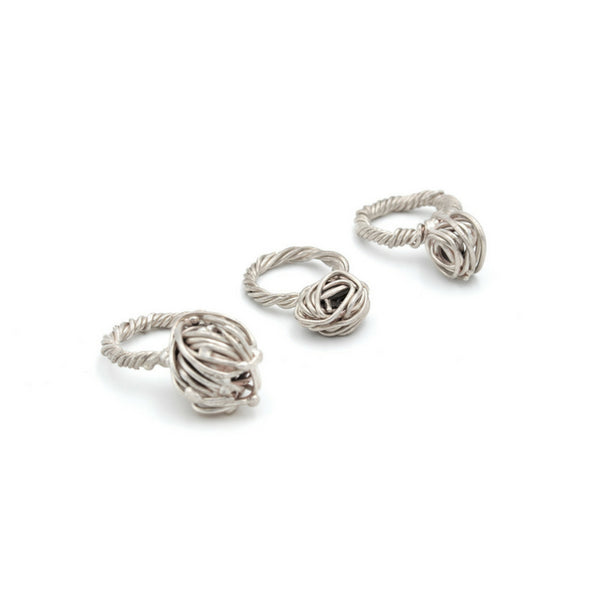 spectacular sculptural silver rings handcrafted in Vienna by artist Izabella Petrut