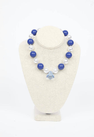 BLUE AND WHITE CHUNKY NECKLACE