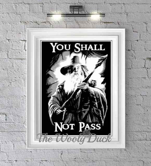 Gandalf The Grey, Lord Of The Rings inspired crochet graphghan pattern for sc, cross stitch or diamond painting