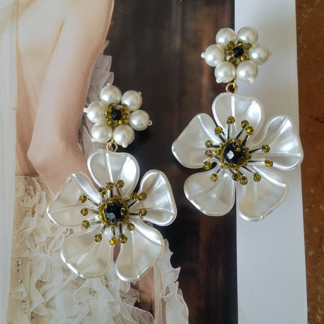 Pearl and white flower stud drop earrings