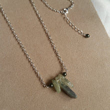 Load image into Gallery viewer, Green Prehnite drops Swarovski crystal pearl beads silver-tone necklace