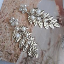 Load image into Gallery viewer, White freshwater pearls flower stud and silver leaf statement drop earrings