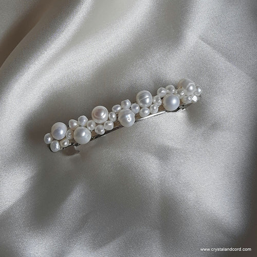 Freshwater pearls beaded hair clips